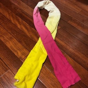 New Juicy Couture Ombre Scarf